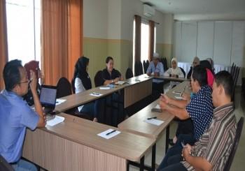 Diskusi Evaluasi Program dan Kurikulum 2017 & Penyusunan Program  dan Kurikulum 2018